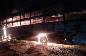 जयपुर-अजमेर राजमार्ग पर बस में आग, यात्री जिंदा जला