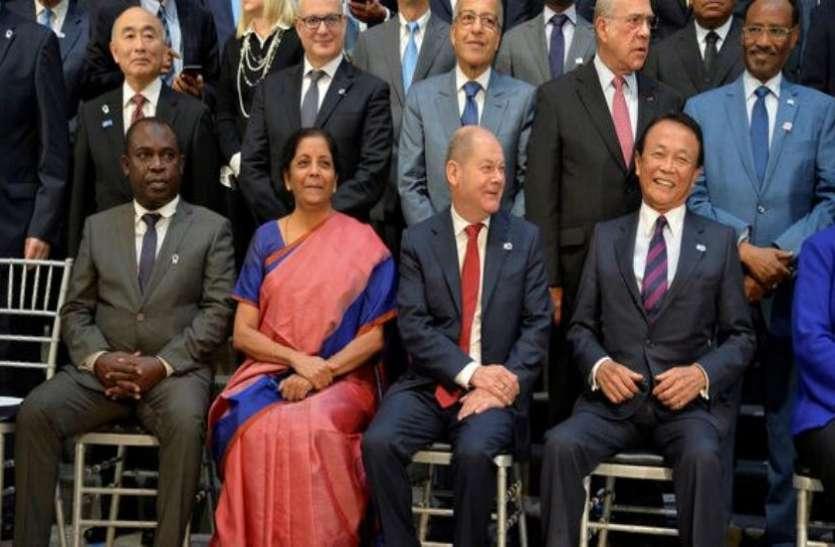 IMF बैठक में इकोनॉमिक ग्रोथ को लेकर सीतारमण ने की बातचीत, कहा - आर्थिक विकास के लिए ढांचागत उपायों की जरूरत