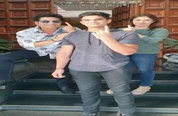 Maharastra Voting : मुंबई में लीजेंड क्रिकेट स्टार sachin Tendulkar ने परिवार के साथ डाला वोट