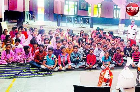 बच्चों ने बांटी खुशियां : 30 बच्चों ने की 27 हजार रुपए की बचत, फिर गिफ्ट और पटाखे खरीदकर बालिका गृह में बच्चों के साथ मनाई दिवाली