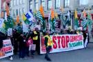 कनाडा में कश्मीर के लिए पाकिस्तानी कर रहे थे रैली, ये 'इंडियन' अकेले भिड़ गया इन लोगों से...