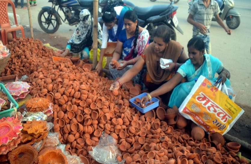 बाजारों में दीपावली तक पुलिस की तैनाती, साह्रश्वताहिक अवकाश रद्द