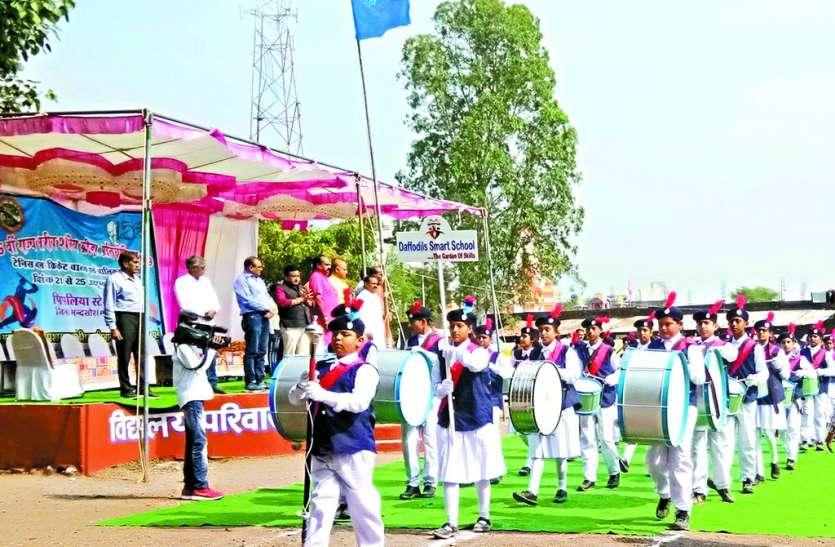राज्य स्तरीय टेनिस बाल क्रिकेट स्पर्धा का शुभारंभ