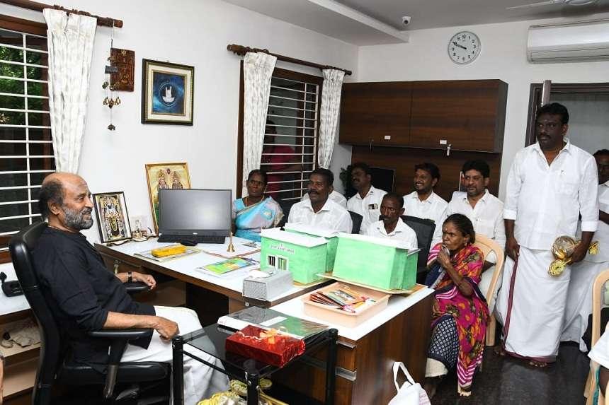 रजनीकांत ने दिया दीपावली का बहुमूल्य  तोहफा !