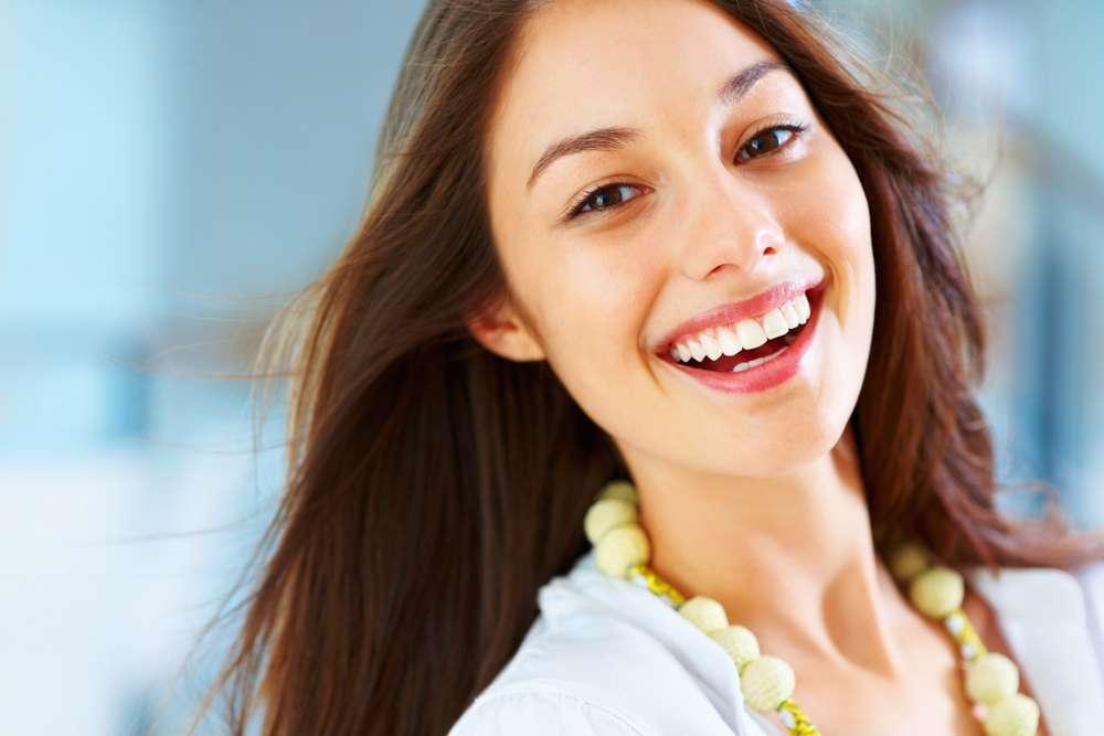 क्या एक छोटी सी मुस्कान हमें खुश रख सकती है!