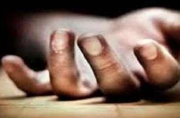 UP: आजमगढ़ में रिटायर्ड दारोगा की पीट- पीटकर हत्या, इलाके में तनाव
