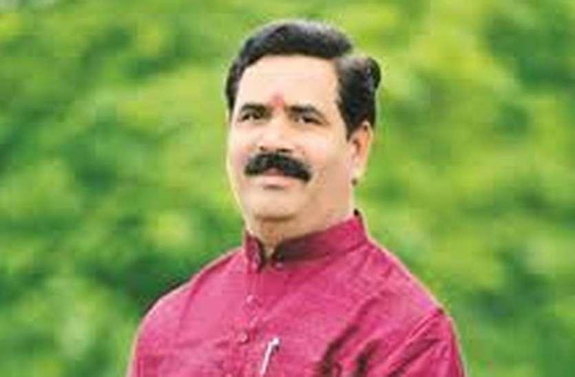 Changes In MP BJP, Transfer Of Sangathan Mantri, Chavda Not Removed - सभी  जगह बदले संगठन मंत्री, इस लिए नहीं हटाया चावड़ा को इंदौर से...जानिए |  Patrika News