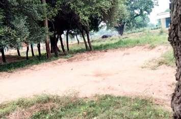 पन्ना में बदमाशों का आतंक, जब्त रेत ही चुरा ले गए