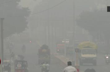 दिवाली के बाद घातक बना प्रदूषण, अस्पताल में लगी मरीजों की लाइन- देखें वीडियो