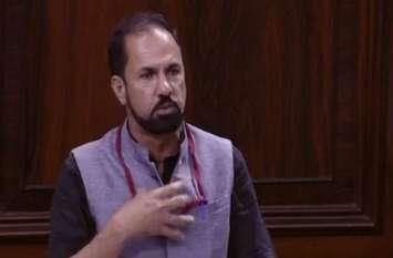 पीडीपी सांसद ने निष्कासन आदेश मानने से इंकार किया
