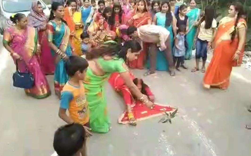 Chhath Puja 2019 किन्नर समाज का छठ व्रत, एेसी छठ पूजा देखी है क्या, देखिए वीडियो