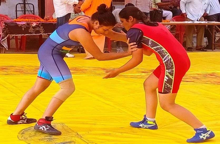 97 किलो पुरुष में यशवर्धन व 78 किलो में अंजू नाडिय़ा विजेता