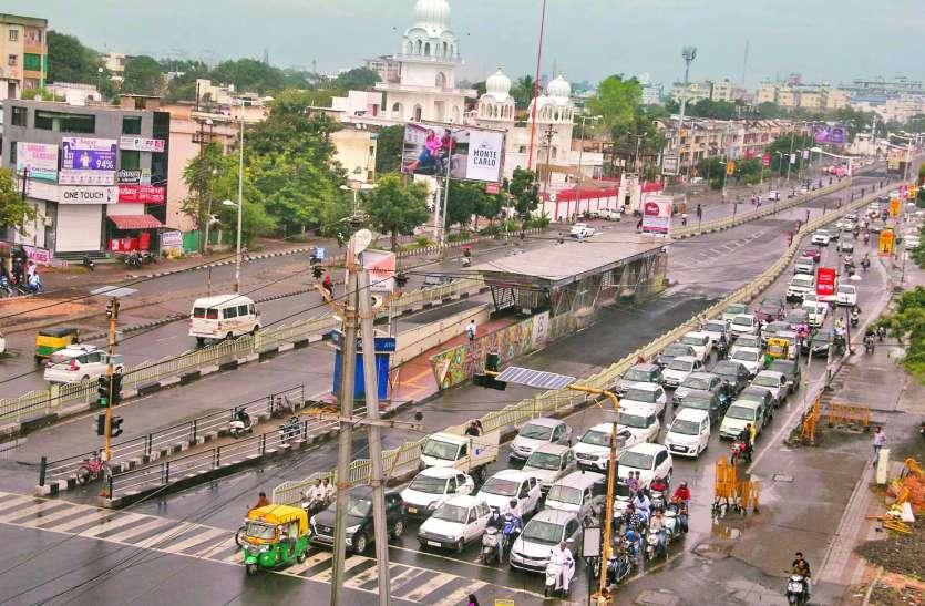 इंदौर के बिगड़ते ट्रैफिक के पीछे ये हैं प्रमुख वजहें