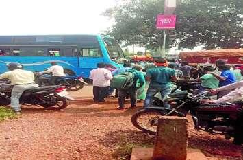 तेज रफ्तार वाहनों जिले में लगातार बढ़ रही सड़क दुर्घटनाएं