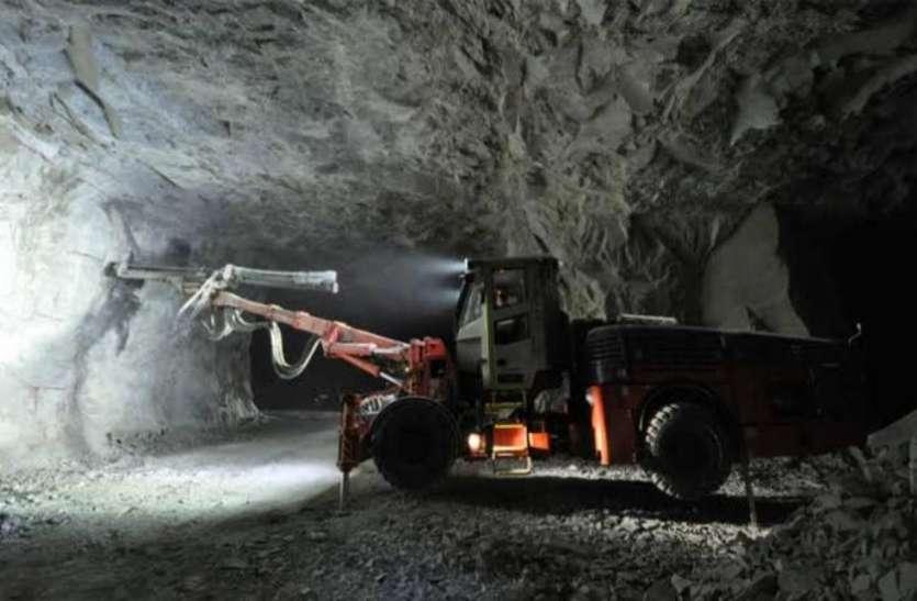 जर्मनी: ट्यूचेंथल में कोयला खदान धंसने से 35 लोग फंसे, बचाव कार्य जारी