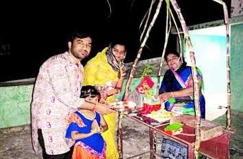 भगवान शालिग्राम और तुलसी का विवाह रचा मनाया देवउठनी पर्व