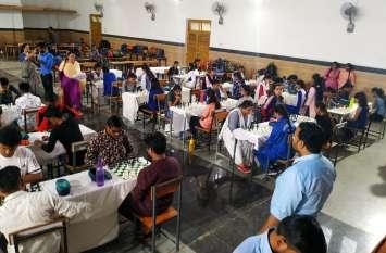 सात जिलों के प्रतिभागियों ने प्रतियोगिता मेंं भाग लेकर दिखाया दम