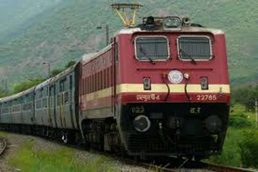 Superfast train ran again with broken spring