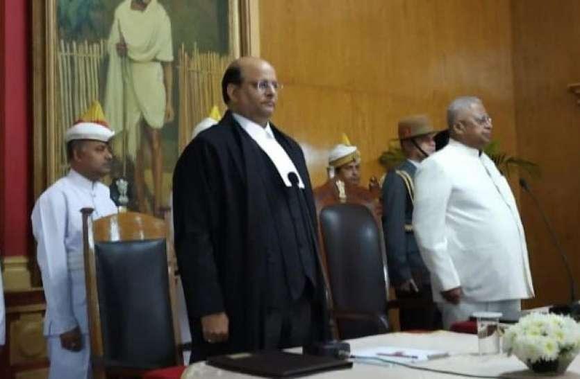 न्यायमूर्ति रफीक ने मेघालय उच्च न्यायालय के मुख्य न्यायाधीश के रूप में शपथ ली
