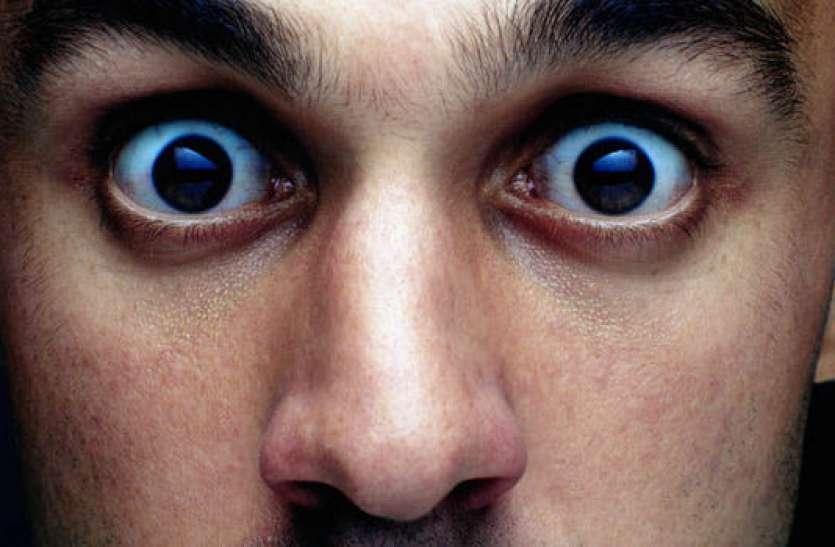इस शख्स के नाक में उग आया दांत, एक्स-रे में हुआ खुलासा तो डॉक्टर रह गए दंग