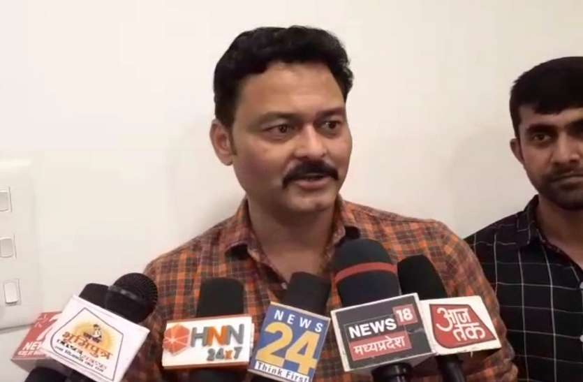 पूर्व मंत्री और बीजेपी नेता संजय पाठक की हॉर्स ट्रेडिंग में भूमिका, नाराज़ सरकार ने की सिहोरा की खदानें सील की