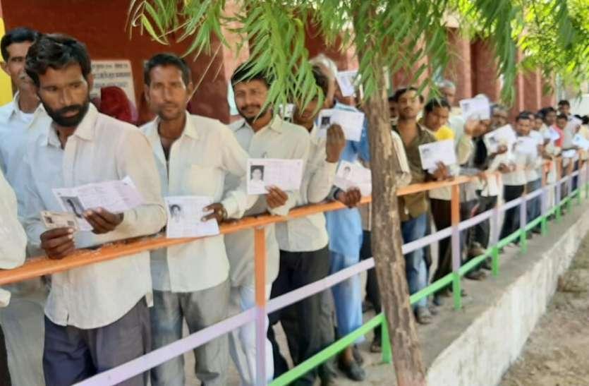 Local Body Election.शहरी सरकारें चुनने के लिए मतदान में उत्साह