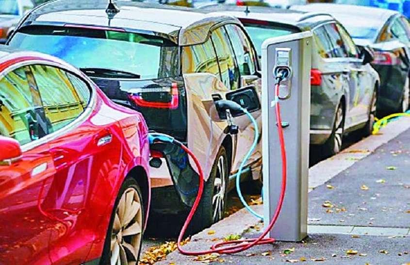इलेक्ट्रिक कारों के पर्यावरणीय लाभ एसयूवी ने किए बेकार