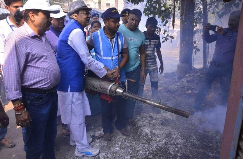 डेंगू पर रोकथाम को सहकारिता मंत्री उतरे सडक़ पर