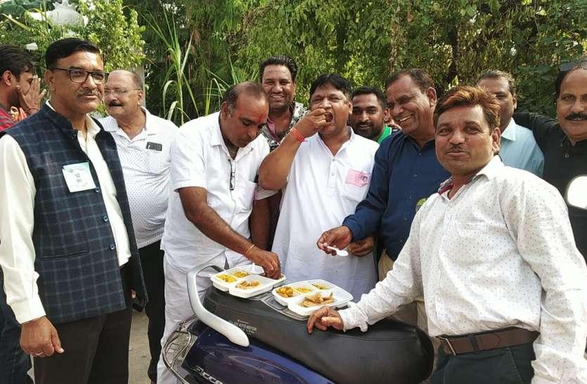 कांग्रेस : भाजपा के बोर्ड से नाराजगी होने पर कम रहा मतदान, भाजपा : बोर्ड फिर हमारा ही बनेगा
