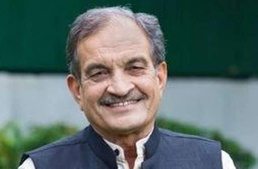 पूर्व केन्द्रीय मंत्री चौधरी बीरेंद्र सिंह का राज्यसभा से इस्तीफा, चुनाव न लड़ने का भी ऐलान