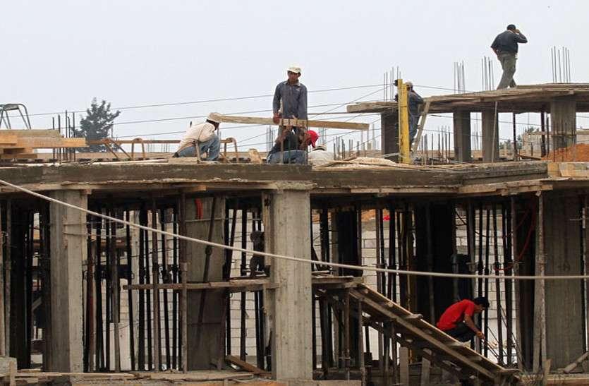जेडीए की कार्रवाई के बाद भी यहां नहीं रूक रहा अवैध निर्माण, बोर्ड लग रहे और इमारतें खड़ी होती गईं