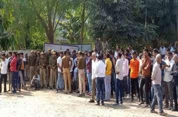 दाता पायरा आश्रम के बाहर बरगद हटाने पहुंचे अधिकारी बैरंग लौटे,  ग्रामीणों के विरोध की आशंकाओं के चलते प्रशासन बैकफुट पर