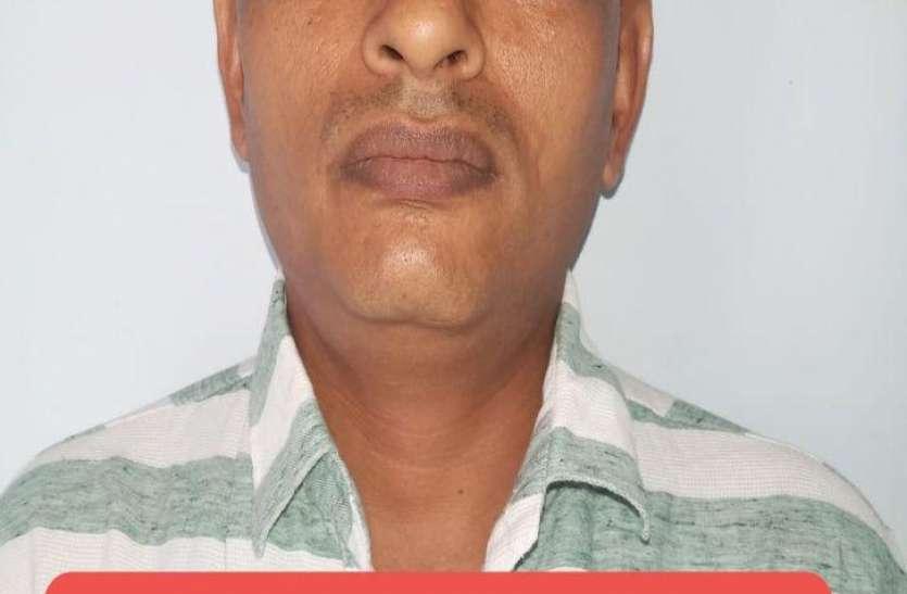 कालिंजर नरसंहार का इनामी बदमाश गिरफ्तार