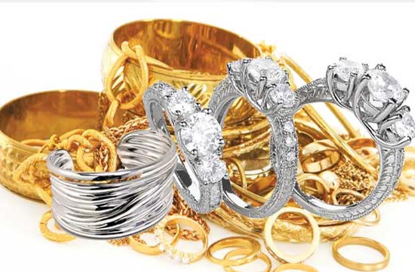 सोने का भाव स्थिर, चांदी की कीमत में 200 का इजाफा, जानिए आज का भाव