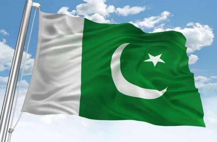 पाकिस्तान में कोरोना वायरस के 956 मामले, इमरान ने 'अरबों रुपये' के पैकेज की घोषणा की