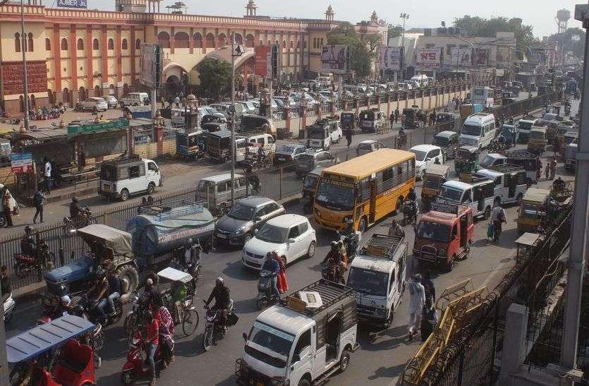 Traffic Rule: शहर के अंदरूनी हिस्सों में वन-वे, पहले दिन परेशानी