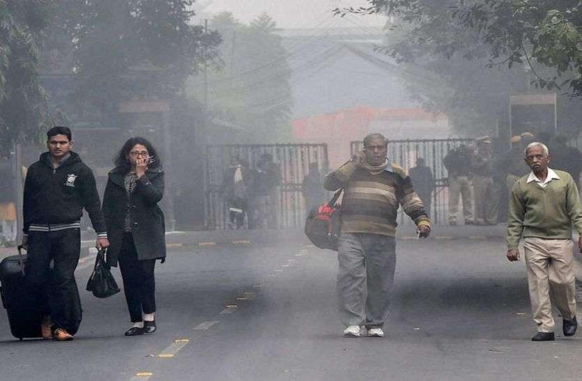 दिल्ली में पारा लुढ़का, इस साल पहली बार एक अंकों में आया, कोहरा भी छाएगा