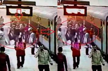 स्वाट टीम पर सर्राफा को ट्रेन से उतारकर पिटायी और जेवरात लूटने का आरोप, 3 पुलिस वालों पर कार्रवाई