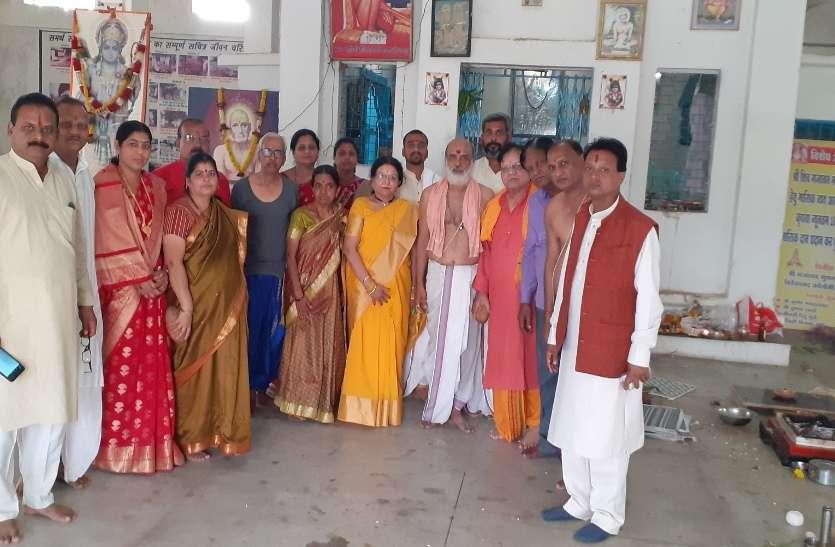 Construction : शिव गजानन मंदिर के गर्भगृह का निर्माण शुरू