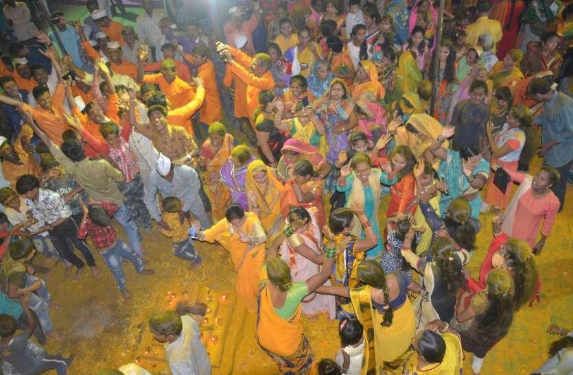 निमाड़ के इकलौते मंदिर में मनाया खंडेराव भगवान का जन्मोत्सव