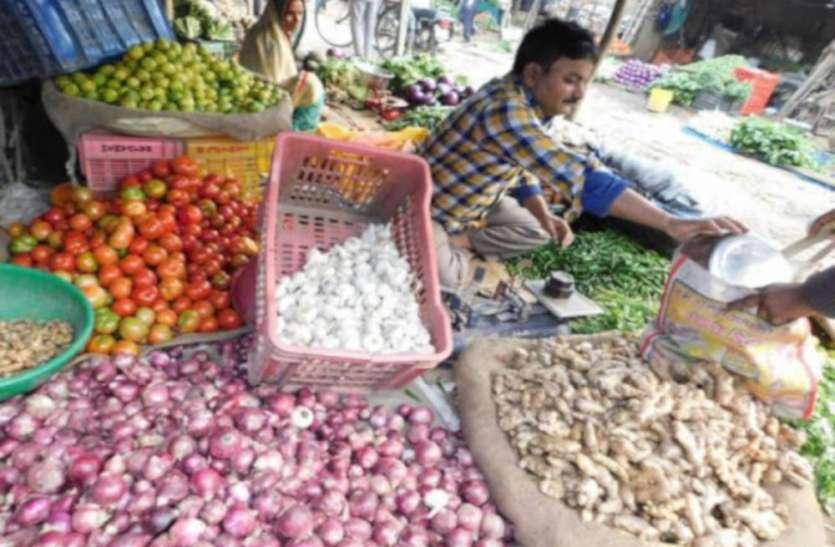 30 रुपए किलो हुआ प्याज तो हरी सब्जियों के बिगड़े मिजाज, जानिए मंडी के दाम!