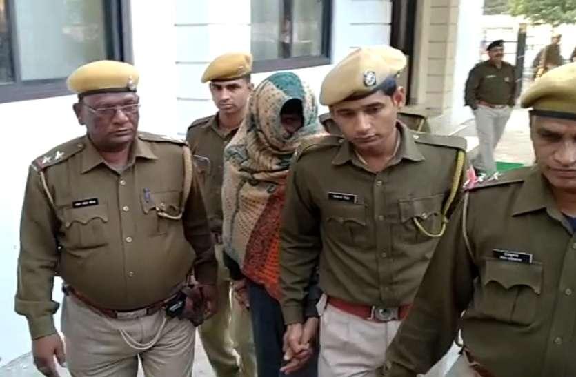 Rapist को मारने के लिए वकीलों ने पकड़ा, पुलिस ने बचाया