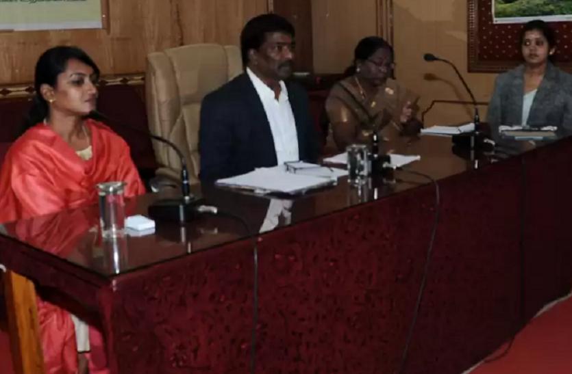 आरटीआइ में नहीं दी सूचना, नीलगिरि में आठ अधिकारियों पर जुर्माना