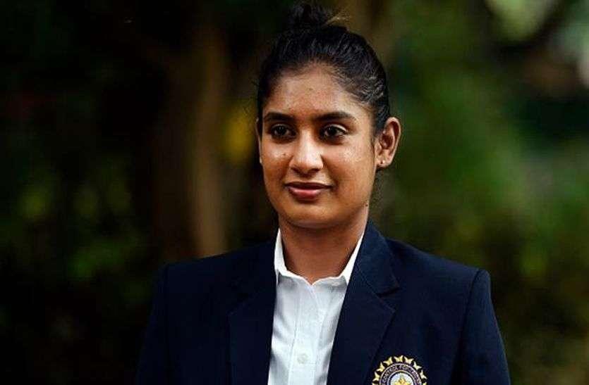 तापसी पन्नू ने मिताली राज को दिया जन्मदिन पर बड़ा तोहफा, उनकी बायोपिक में करेंगी काम