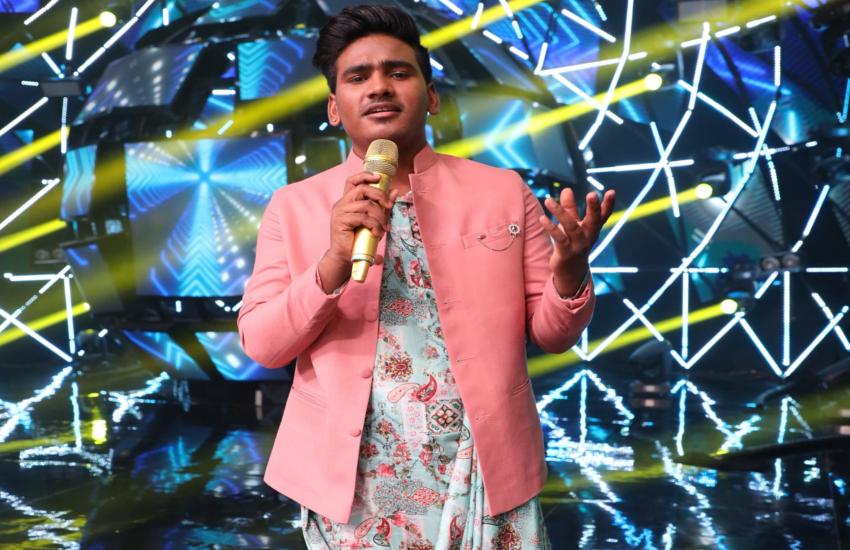 इंडियन आइडल 11 के कंटेस्टेंट सनी हिंदुस्तानी का गाना सुनकर, हिमेश ने दिया ऐसा ऑफर, खुल गई किस्मत