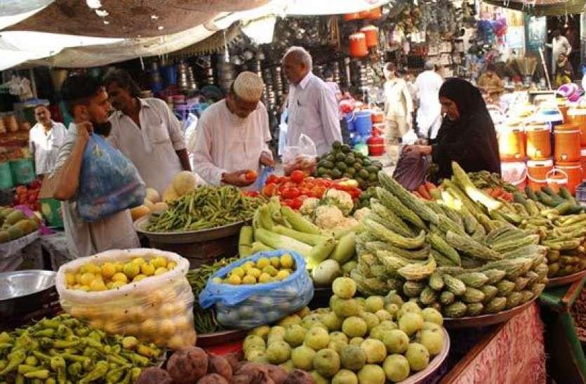 पाकिस्तान में चरम पर पहुंची महंगाई, तोड़ा 9 सालों का रिकॉर्ड