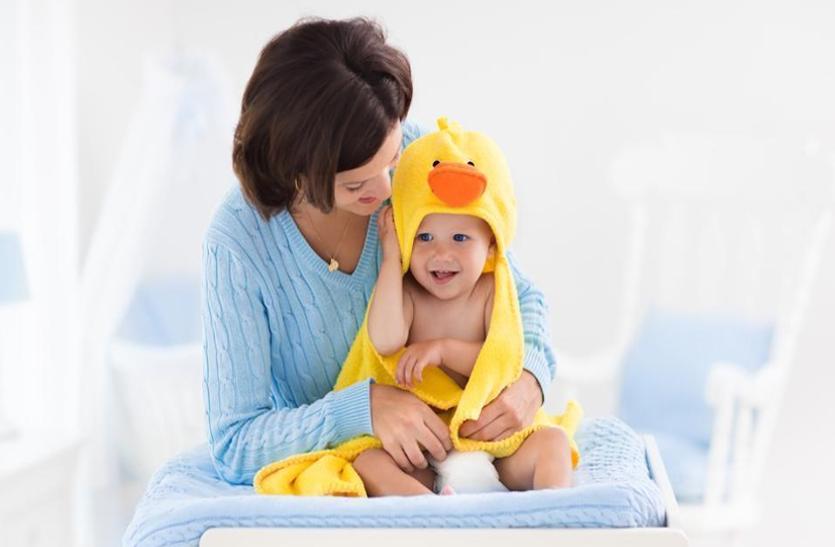 ठंड के मौसम में बच्चों की एेसे करें देखभाल, नहीं होगा सर्दी-जुकाम, जानें ये खास टिप्स