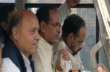 पूर्व सीएम शिवराज सिंह चौहान और गोपाल भार्गव गिरफ्तार, किसानों के लिए कर रहे थे प्रदर्शन