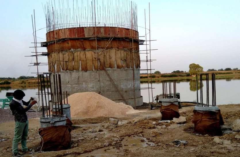 baran- नौ माह से ठप पड़ा अमृत योजना का कार्य , राहत के काम पर बजट का ब्रेक
