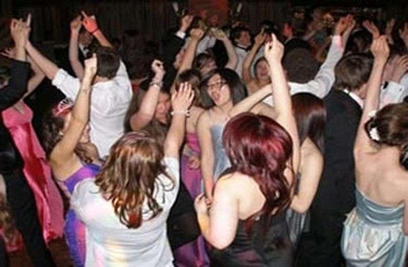 रामनगर के निकट रेव पार्टी, 10 गिरफ्तार